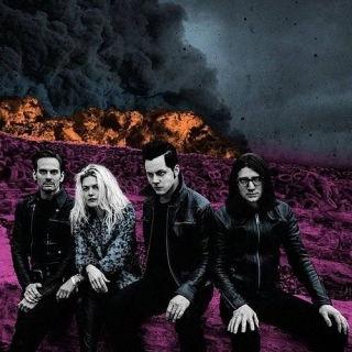 I Feel Love (Every Million Miles) (Single) - The Dead Weather