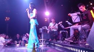 Cô Gái Đến Từ Hôm Qua (Phòng Trà Swing 01.08.15) - Thu Phương