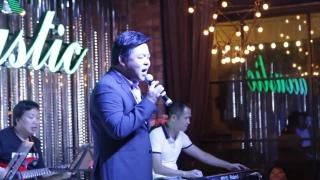 Cô Hàng Xóm (Live 08/2015) - Quang Lê