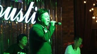 Chuyện Hoa Sim (Live 08/2015) - Quang Lê