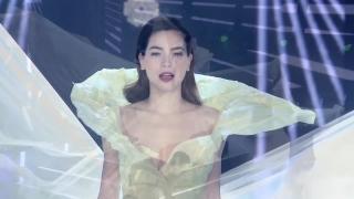 Chơi Vơi (Gala Nhạc Việt 6 - Câu Chuyện Tình Tôi) - Hồ Ngọc Hà