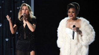 Rise Up/ Love Me Like You Do (Live At The 58th GRAMMYs) - Ellie Goulding, Andra Day