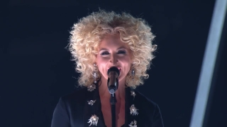Girl Crush (Live At The 58th GRAMMYs) - Little Big Town