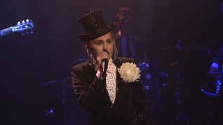 Medley: I'm Your Man & I'm a Woman (Live At Maya & Marty) - Miley Cyrus