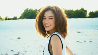 Close To Me (Lại Gần Em) - Hoàng Yến Chibi
