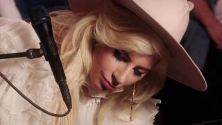 Joanne (Alan Carr's Happy Hour 2016) - Lady Gaga