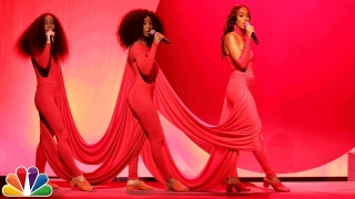 Medley: Rise/ Weary (Live) - Solange