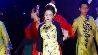 Lúng La Lúng Liếng Xuân - Lady Phương Thùy