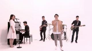 Điều Em Không Biết (Greatest Hits - The Memories) - Quang Vinh