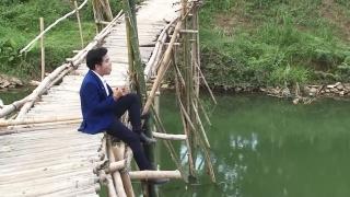 Qua Đò Nhớ Mẹ - Hà Quang