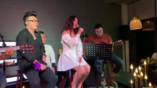 Không Đau Vì Quá Đau (Live) - Phạm Quỳnh Anh, Hamlet Trương