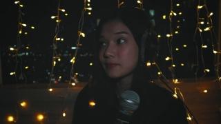 Đồi Hoa Mặt Trời (Live) - Hoàng Yến Chibi